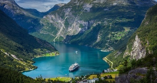 How to see norwegian fjords